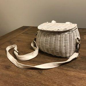Handbags - Wicker purse/basket